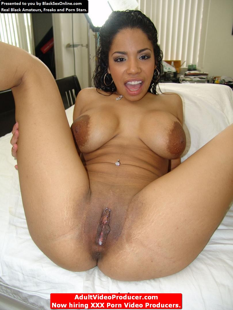 indian house wife naked photo